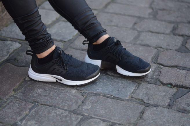 Nike Preato